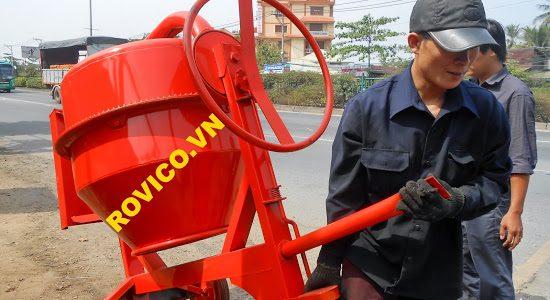 Máy trộn bê tông, tời nâng hàng giao cho cửa hàng Ngọc Quyết – Bình Dương