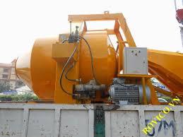 Máy trộn bê tông HD750L 3