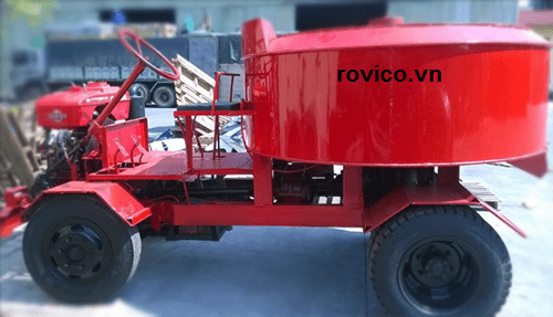 Máy trộn bê tông tự hành và ưu điểm của nó